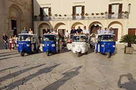 experience-cultura-Tour-Tra-i-Sassi-di-Matera-in-Ape-Calessino